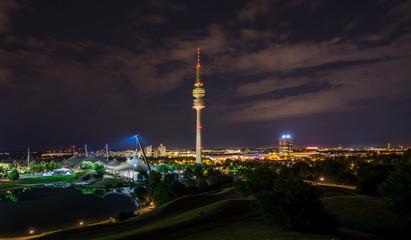 Fotobehang Seoel Munich olympiapark at night