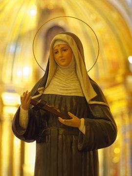 Statue of catholic nun