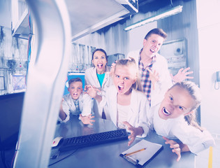 Family with kids are depisting madness in escape room
