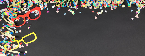 panorama frame with confetti and streamer with black background