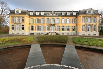 Schloß Morsbroich in Leverkusen