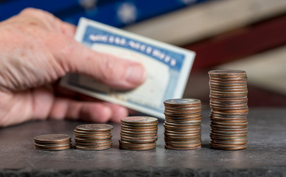 Pile of US quarters growing with compound interest