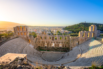 Fotomurales - The theater of Herodion Atticus under the ruins of Acropolis, Athens, Greece.