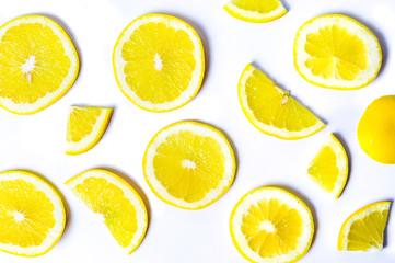 Sliced lemons background pattern isolated