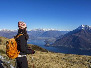 Trekking tra lago ed alpi
