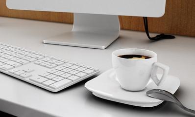 Kaffepause am PC-Arbeitsplatz (Büro)