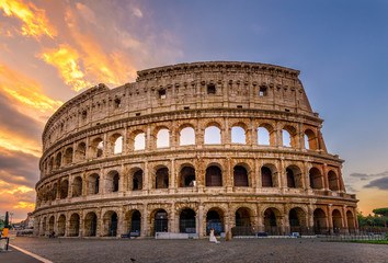Poster de jardin Rome Sunrise view of Colosseum in Rome, Italy