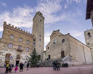 Piazza Duomo, San Gimignano, Siena, Tuscany, Italy