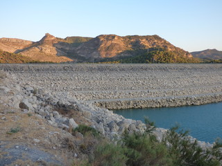 Paisaje en Ardales en la provincia de Málaga, en la comunidad autónoma de Andalucía, España