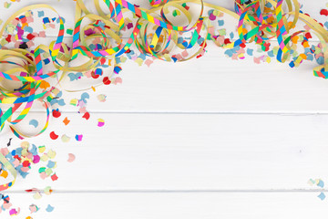 frame carnival party background with confetti