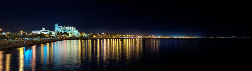 Nachtaufnahme Palma de Mallorca