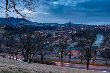 Berns Altstadt im Dämmerlicht