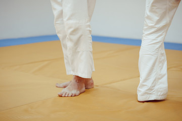feet on the tatami in the gym
