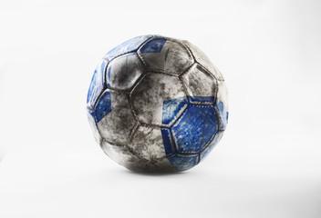 ballon de foot abîmé