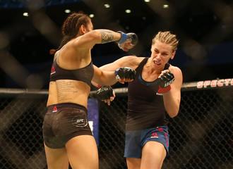 MMA: UFC Fight Night-Chookagian vs Borella