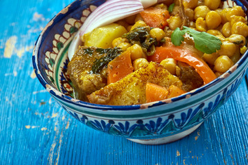 Uzbek soup with chickpeas mohora