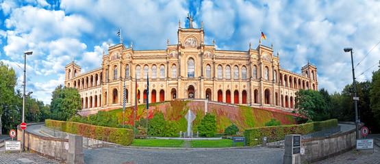 Maximilianeum von München mit Landtag, Bayern