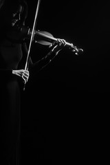Photo sur Aluminium Musique Violin player violinist playing isolated on black