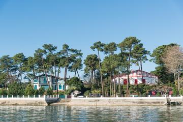 CAP FERRET (Bassin d'Arcachon, France), luxueuses villas au bord de la baie