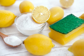 Organic cleaners, baking soda and lemon