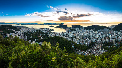 Fotomurales - Panoramic View of Rio de Janeiro With the Sugarloaf Mountain