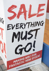 Sale everything must go large sign