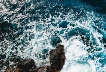 Azul marino en la costa mediterranea