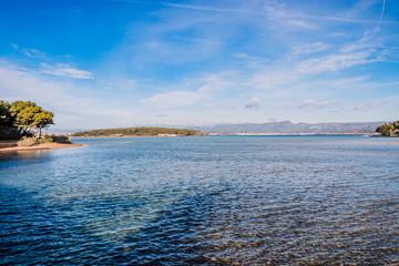 Vue sur les Iles du Gaou à Six-Fours-les-Plages, le Brusc