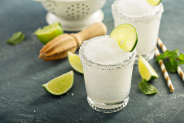 Frozen lime and mint margarita
