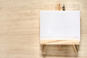 白色のキャンバス 木目背景