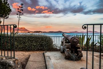 Canon dans le Fort Balaguier à La Seyne-sur-Mer