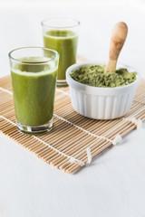Wheatgrass juice shots and wheatgrass powder
