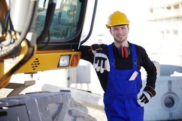 Bauarbeiter, Baustelle und Bagger