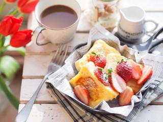 イチゴのフレンチトースト