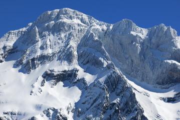 Randonnée dans les Pyrénées en hiver Tour du Marboré