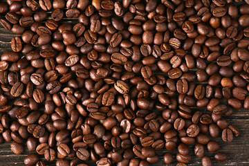 coffee beans sprinkle on the table