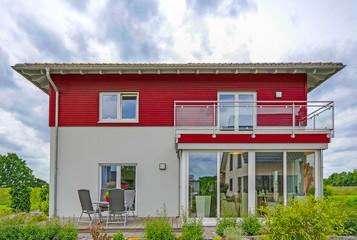 Einfamilienhaus mit Terrasse und Wintergarten