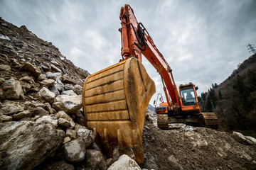 digger for soil moving - heavy inusdtry machinery