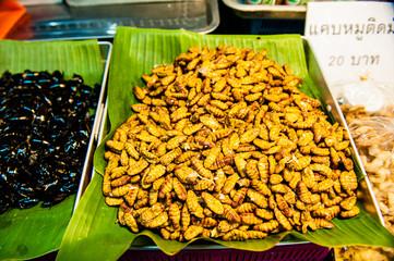 Vermi, cibo thailandese