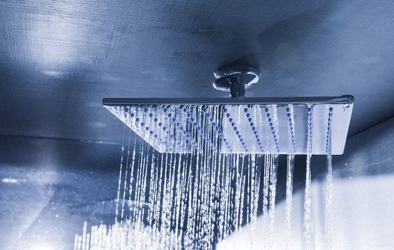 Modern ceiling shower
