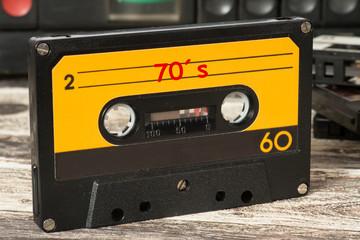 Eine Musik Kassette mit der Musik der 70 Jahre