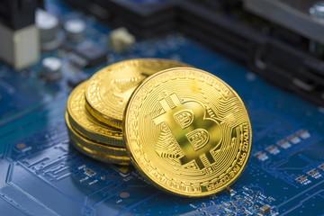 パソコン基盤とビットコイン