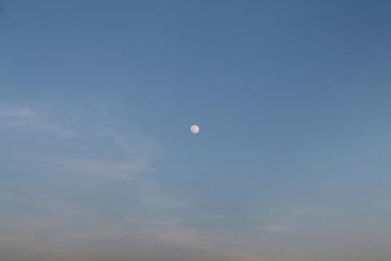 Mond im Abendrot