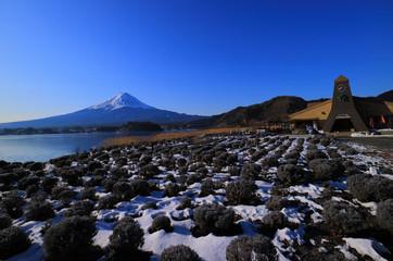 河口湖大石公園から冬の青空の富士山 2018/01/31
