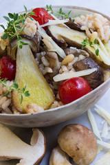 Steinpilze mit Risotto, Tomaten und Parmesan