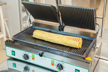 Preparation of shawarma on an electric furnace