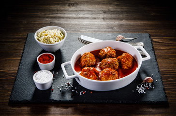 Roasted meatballs and vegetables