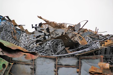 Scrap is not garbage but the valuable raw material from the new is created and thus does not pollute the environment.