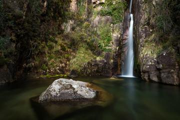 Pincães waterfall