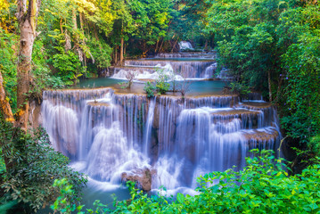 Foto op Plexiglas Watervallen Huai Mae Khamin Waterfall at Kanchanaburi, Thailand